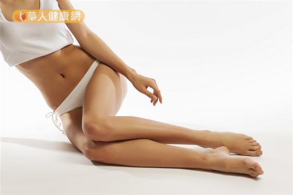 做刮痧塑身時,主要著重於調整局部脂肪的比例,藉此達到更凹凸有致的體態。
